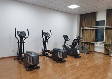 机关、企事业单位健身房