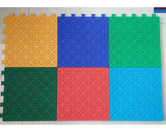 硬质四叶草花纹专业悬浮地板悬浮拼装运动地板